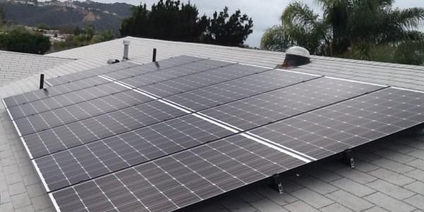 Clairmont Solar Installation Roof Mount